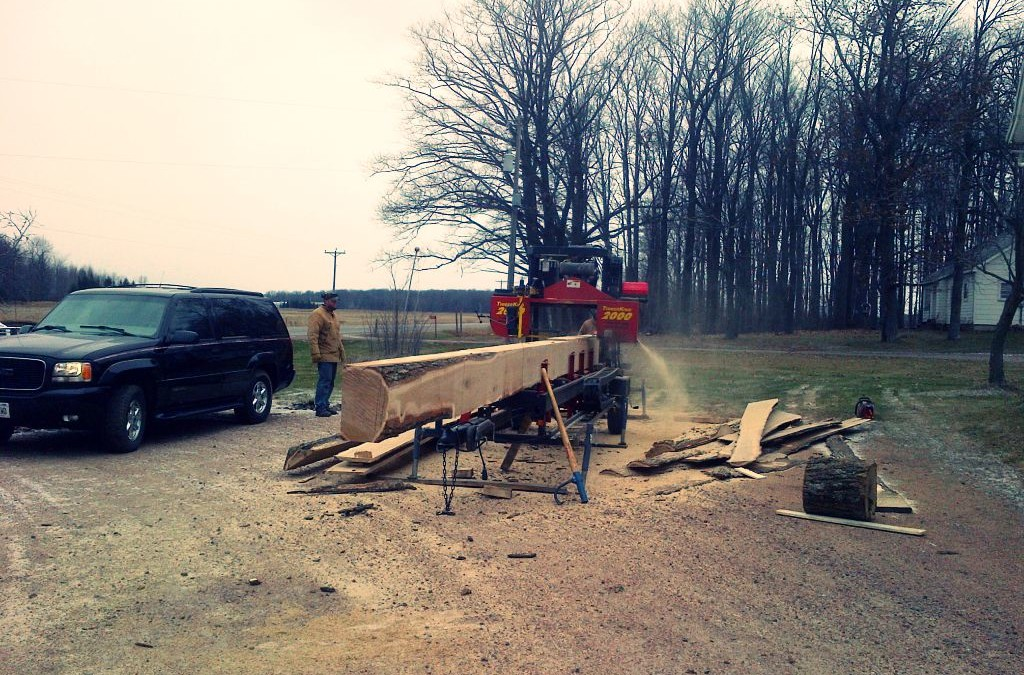 Working on reclaimed wood: the making of